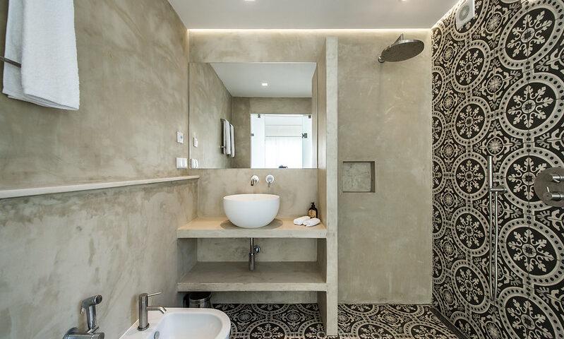 podwieszany sufit w łazience
