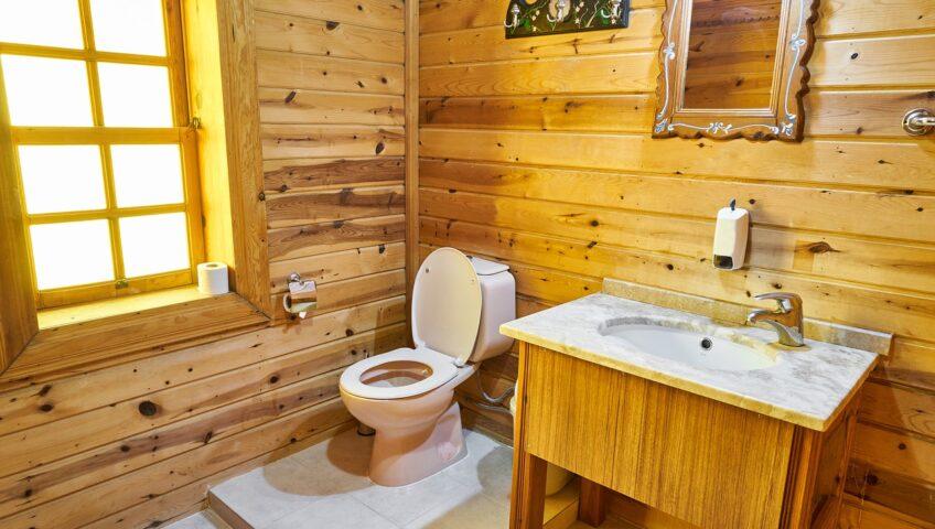 drewniane meble łazienkowe